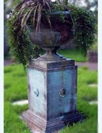 Aurelius Urn & Plinth 1