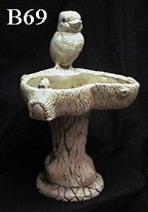 Kookaburra Birdbath