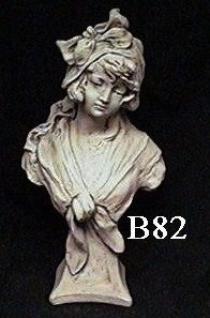 Bust Manon