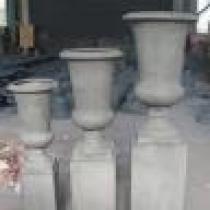 Bell Urn & Pedestal